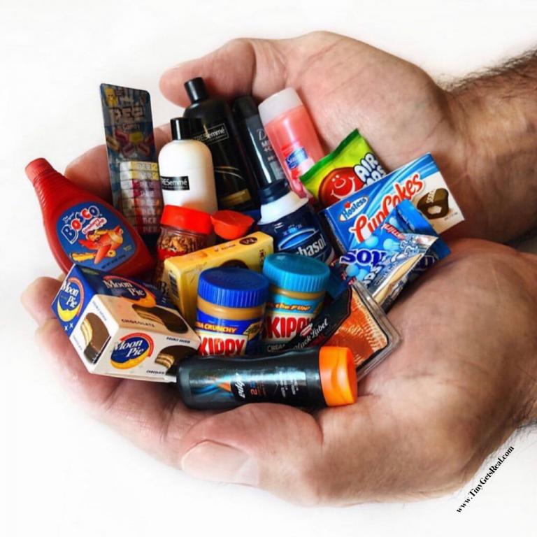 zuru mini brands tiny food